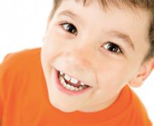 Il est recommandé de faire évaluer la dentition vers 7 ans