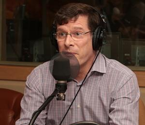 Pierre Mayer pneumologue expert en apnee du sommeil et ronflement traitement discute des traitements en entrevue Radio-Canada. InfoSommeil.ca