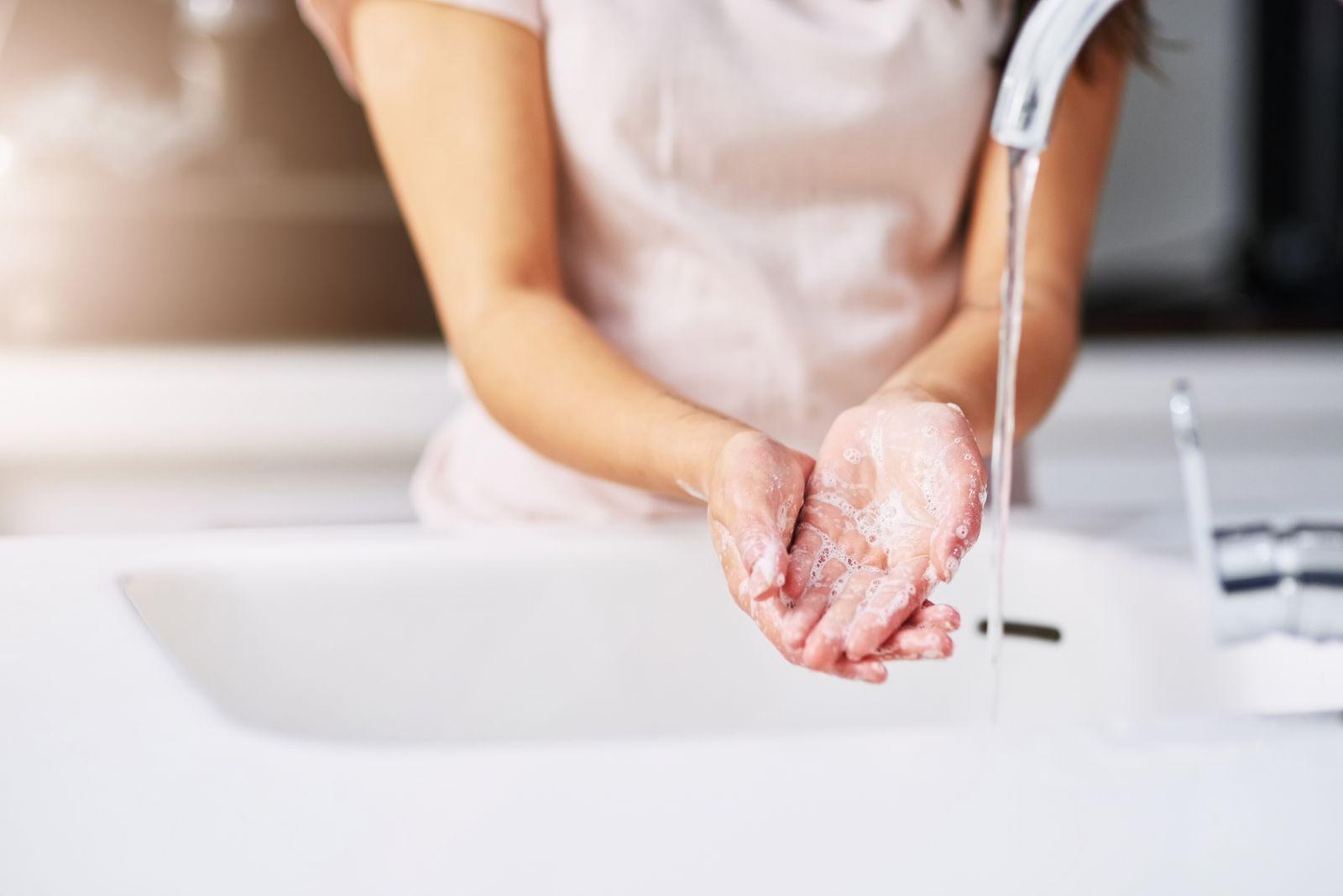 se laver les mains mesures COVID-19
